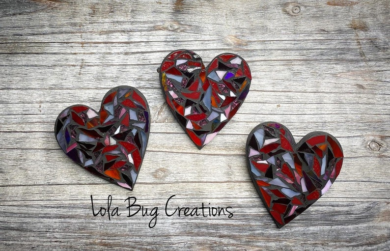 Red heart glass mosaic image 0