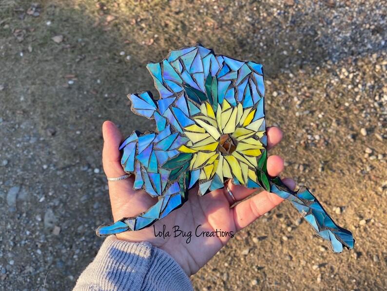 Sunflower Alaska mosaic glass image 0