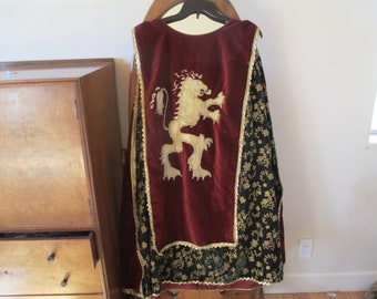 52b853fe5 King Richard Tunic, Matching Pants, Lion Emblem, Period Costume, Lion  Hearted, FIts Most Adults, Stunning Cotumes, Reenactments, Theatre