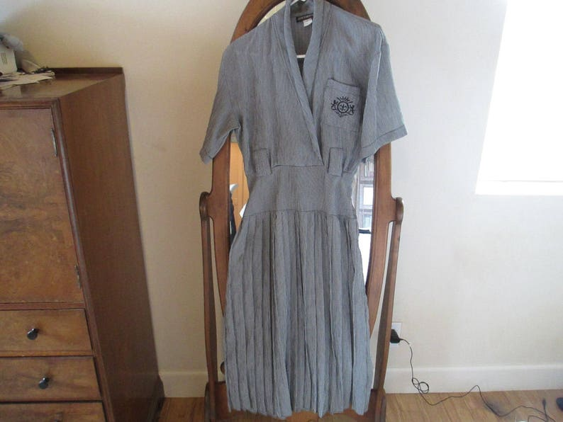 Vintage Clothing In Very Good Condition! Wonderful Material Grey Vintage Dress Very Vintage Stylish