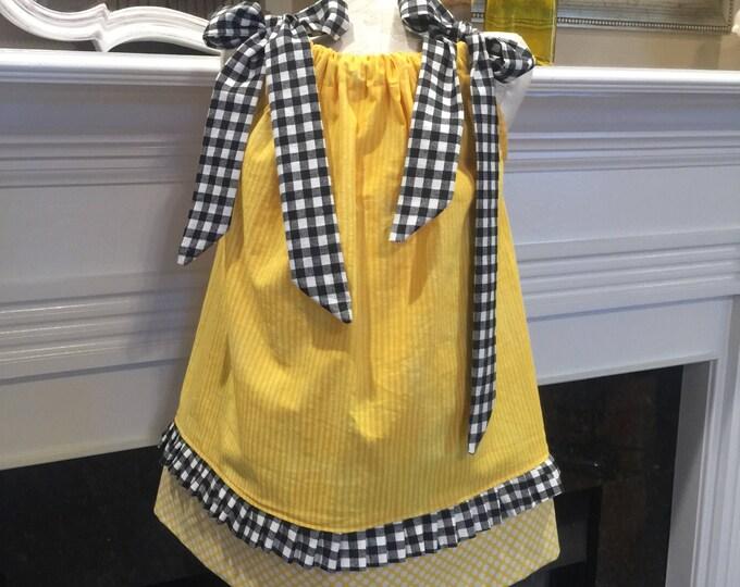 BOUTIQUE PILLOWCASE DRESS / Yellow & Black