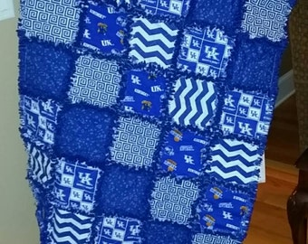Crib Blanket / Small Throw / Toddler Blanket - University of Kentucky