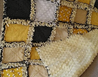 Honey Bee Crib Blanket / Small Throw