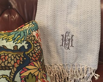 Monogram throw blanket 2cded237d