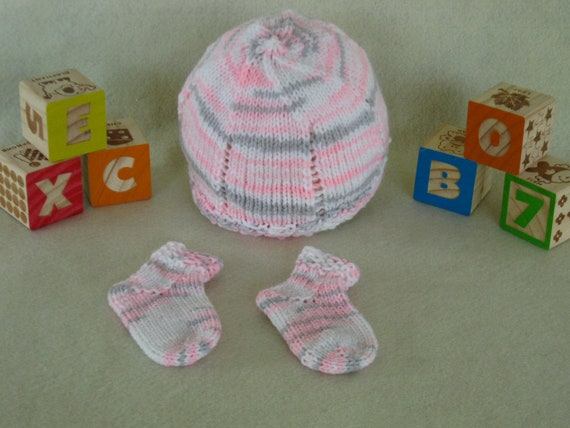 Baby hat and sock set in pink white and grey.  540d07d81f3