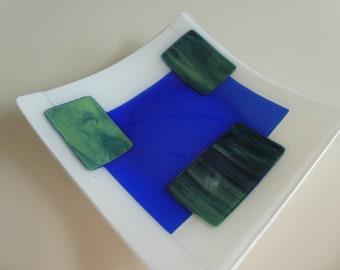 "9""x9"" Plate - Geometric Intrepretation of Lily Pads"