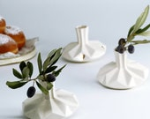 Hanukkah dreidel vase - Collectible Hanukkah spin top decorations Two in One playful and fun Hanukkah gift
