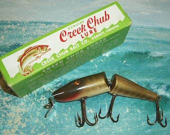 Creek Chub Fishing Lure Tackle Bait Shop Man Cave Advertising Red Wall Clock Sign
