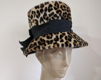 780723a6c80 60 s Leopard Hat   Faux fur Mod bucket hat   faux leopard mad men hat