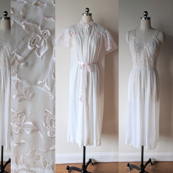50s Tula peignoir set/ white gown and robe with sh