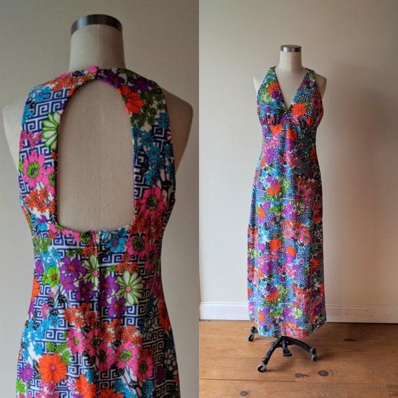60s halter dress/ Mod Flower Power halter dress/ p