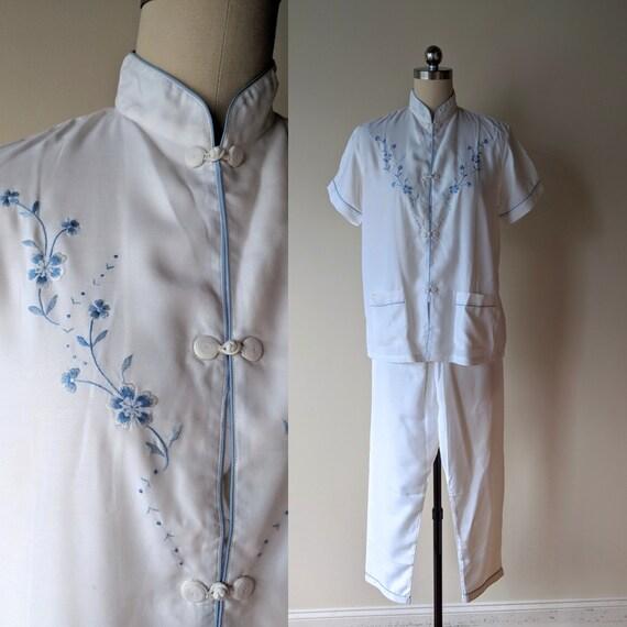 Vintage silk pajamas / asian silk lounge wear / S… - image 1