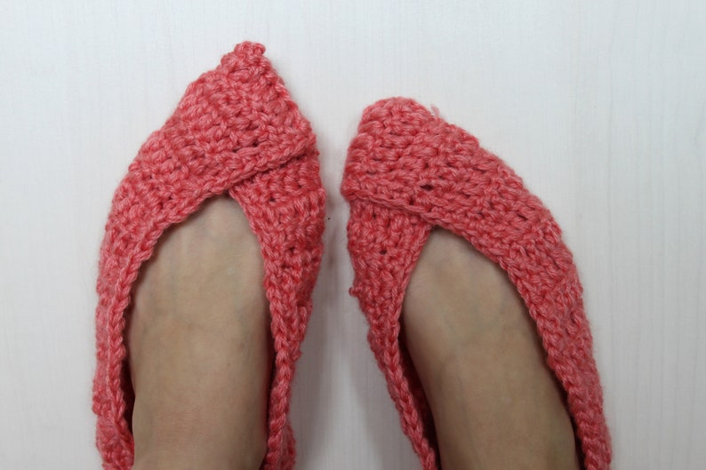 f7747acc9b2c7 Crochet wool slippers / Wool slippers / house shoes / bulky thick slippers  / Crocheted slippers / knitted slippers / socks