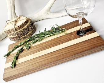 Serving Tray, Maple & Walnut Charcuterie Board, Wood Cheese Board with Wine Glass Holder, Appetizer Cutting Board with Wine Carrier
