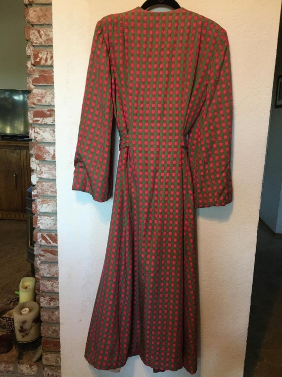 Fabulous 40s Quilted Satin Robe - image 2