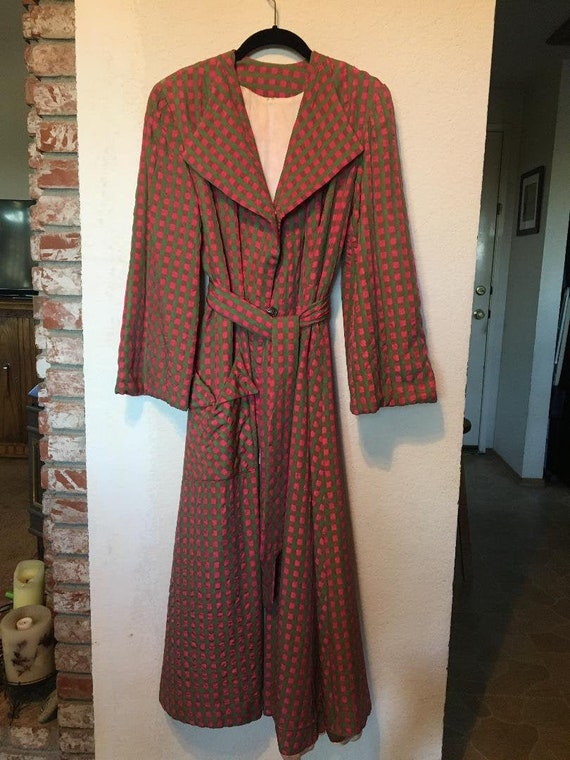Fabulous 40s Quilted Satin Robe