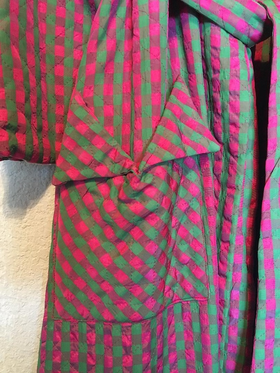 Fabulous 40s Quilted Satin Robe - image 3