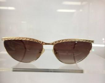 6cce22fa91737 Vintage 80s Christian Dior metal Gold sunglasses