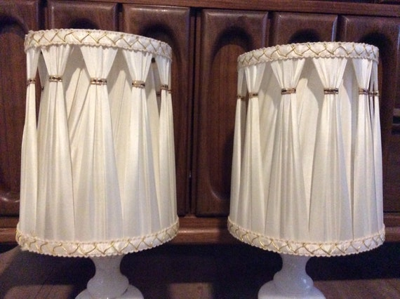 Pair Of Vintage Pleated Lamp Shades Small Clip On Lamp Shades Vintage Lamp Shades Midcentury Pleated Fabric Shades