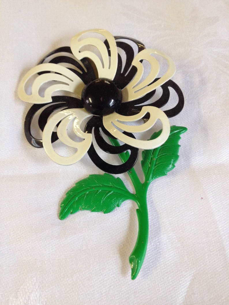Vintage Black and White Flower Pin Brooch Sweater Pin