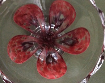 Vintage Zimmerman Art Glass Bowl With Red Flower/Fluted edges