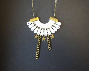 Long necklace retro white lace and brass chain pendant