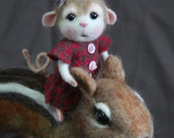 Made to Order~ Needle Felted Mouse Mary - Collectible soft sculpture