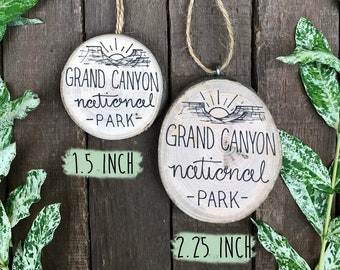 Grand Canyon National Park Christmas Ornament - 2021 Vacation Memory Gift - Canyon Sunset Drawing - Rustic Wood Decor Tree Slice Ornament