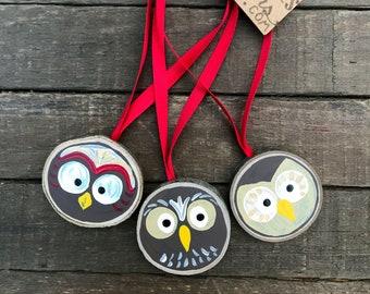 Owl Christmas Ornaments Set of 3 Tiny Tree Slices  / Tree Ornaments Owl Faces Holiday / Red Ribbon Rustic Holiday Decor / Bird Tree Woodland