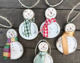 "Snowman Christmas Tree Ornaments 2"" Tree Slice (Set of 3)  White Wood Snowmen Scarves Holiday / Home Decor / Rustic Christmas"
