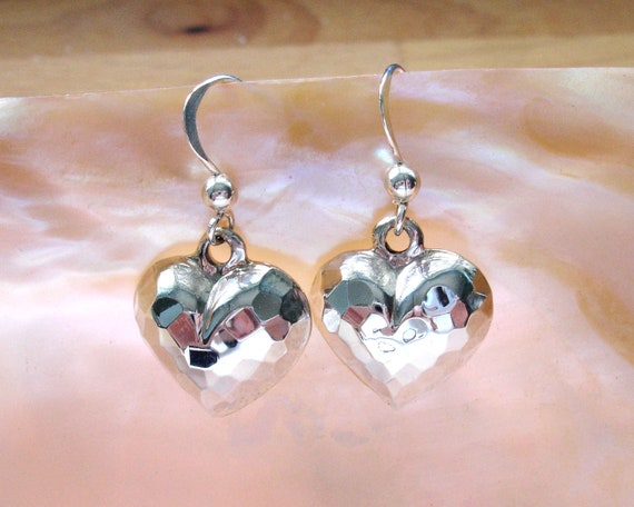 Pretty Hollow Heart Bow Earrings,Studs,Pierced,Valentines//Mothers Day,Romantic