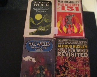 Sci-Fi Paperback novels by famous Authors  (4)