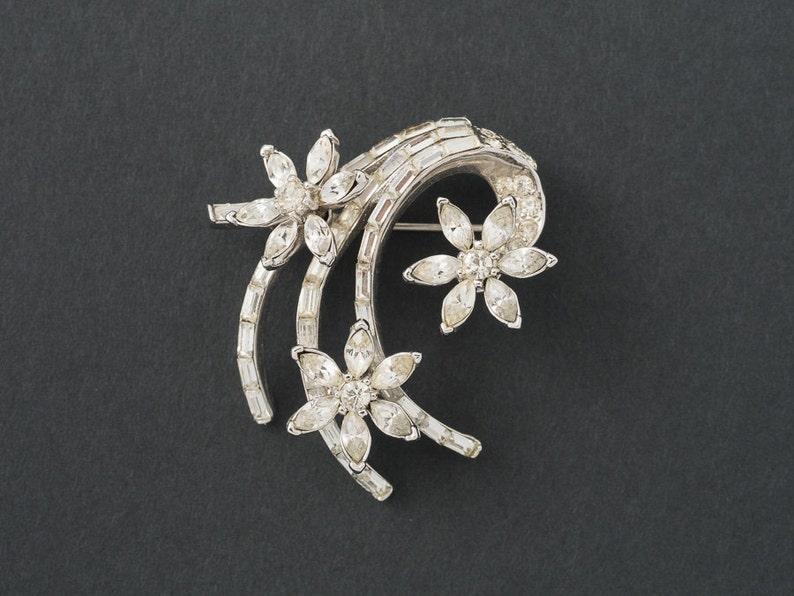 Vintage Coro Craft Brooch Ice Rhinestones