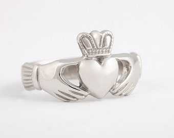 3bd6e6a881 Claddagh Ring - Sterling Silver - Traditional Irish Friendship Ring - Wedding  Ring - Engagement Ring - Promise Ring - Large Design for Men