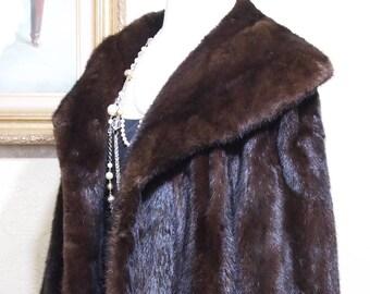 sale 100.00 off GENUINE BLACK DIAMOND mink Luxury Mink Cold Storage Mink Coat Plus Size Mink Excellent Condition size 14-16