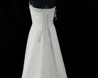Sale... Wedding Dress size 10 Soft Ivory/Cream like new