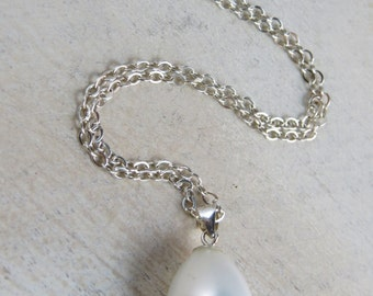 Sterling silver  pearl necklace, bridesmaid gift, wedding jewelry, shell pearl necklace, bridesmaid necklace, dainty necklace