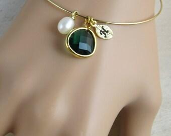 Custom wedding bracelet,  personalized wedding bangle, emerald bracelet, initial bracelet, Bridesmaid bracelet, bridesmaid gift