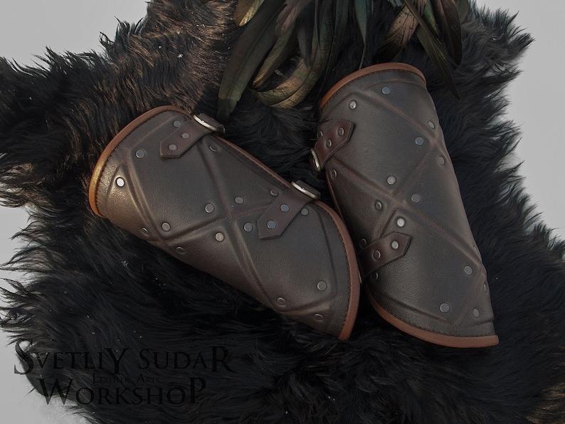 Jon Snow leather bracers replica / Stark Armor Costume / Brown