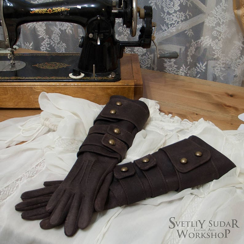 Inspired Bloodborne Lady Maria leather gloves replica / LARP image 0