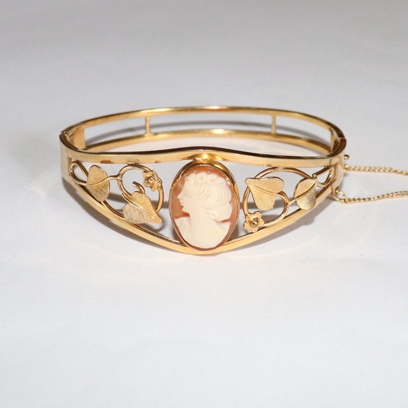 Vintage 1950s 12k Gold Filled GF Van Dell Carved Conch Shell Cameo Hinged Bangle Bracelet Mid Century Jewellery Jewelry Womens Gifts