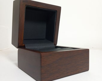 Wooden box for jewelry - Box for rings