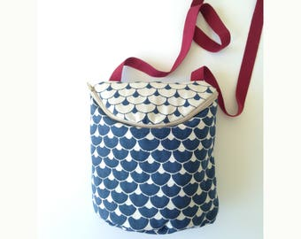 Fabric Bag with a Zip, handmade. Bolsito hecho a mano
