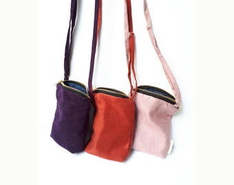 Fabric Bag with a Zip, handmade. 11x16x3cms. Suede bag with zipper, handmade.