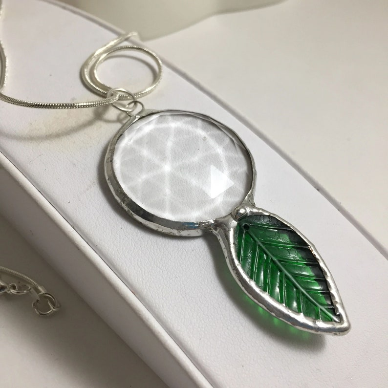 Kaleidoscope Pendant Necklace Green Leaf Crystal Necklace image 0