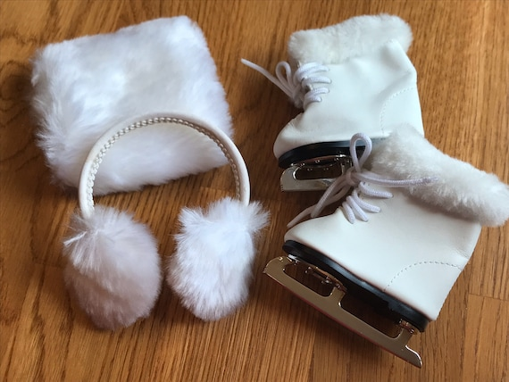American Girl Molly/'s ICE SKATES EAR MUFFS MITT Molly DOLL /& OUTFIT NOT INCLUDED