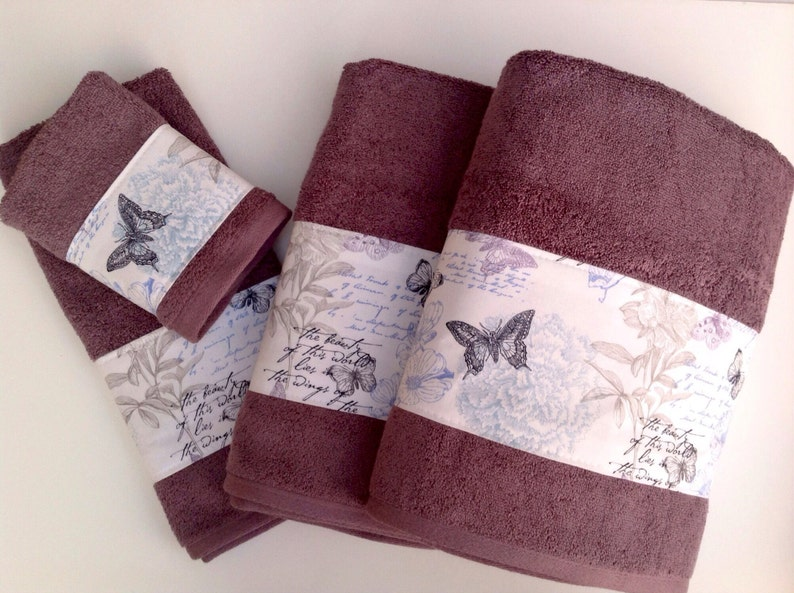 Elegant Mauve bath towels with beautiful butterfly fabric image 0
