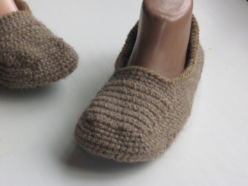 2678b22cc234 Men slippers with soles Crochet rustic slippers Warm house