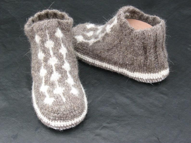 178063d9881d2b Women s slipper boots with sole Organic wool slipper