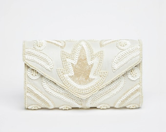 Vintage Inspired Cream Vegas Wedding clutch purse bag Hand Embellished 20s Great Gatsby Flapper Charleston Downton Abbey Art Deco New